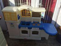 Little Tikes Plastic Moulded Kitchen