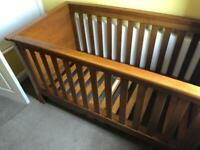 Mamas and Papas Famiglia Cot Bed
