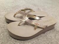 Ladies guess flip flops size uk 5