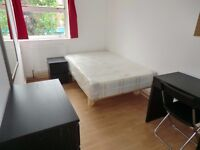 Double room In fulham . 5 mn walk from parson green station