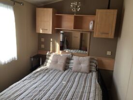Holiday home with freestanding furniture and bath looking for long term rent