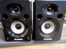Alesis Elevate 5 Studio Monitor Speakers 120 Watt - Pair
