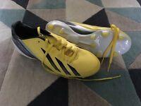 Adidas football boots yellow size 7