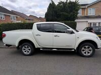 Mitsubishi Barbarian L200 2.5L manual diesel 178 BHP Sat nav Rear camera toe Bar full spec