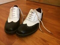 Men's Giovanni Italian Brogues Shoes Two Tone Black and White Size 8 / 9