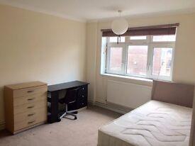 Fantastic 4 bed maisonette with garden in E1
