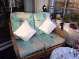 Wicker Suite 2 seat sofa & chairs