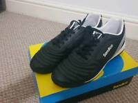 Trainers size 10