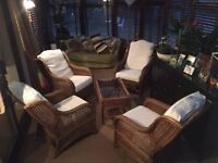 4 Wicker Conservatory Chairs and Table