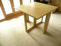 Gate leg Table - Light oak finish