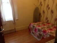Very nice Double Room for European/Asian /North American professionals Females