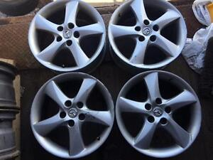 4 mags mazda 17 pouces 5x114.3