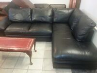 Lovely black leather. large 5 setter corner sofa very good condition ?