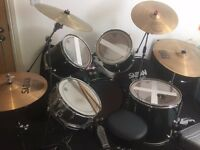 Pre-Owned 5 Piece Pearl Drum Kit