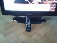 """Samsung HD Ready 26""""LCD TV with built in Freeview"""