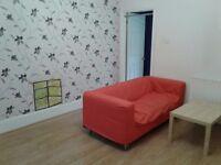 1 bedroom flat to rent £700pcm