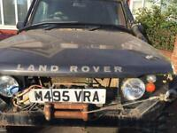 OFF ROAD LAND ROVER DISCOVERY