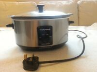 Sear and Stew Slow Cooker from Morphy Richards- HARDLY USED
