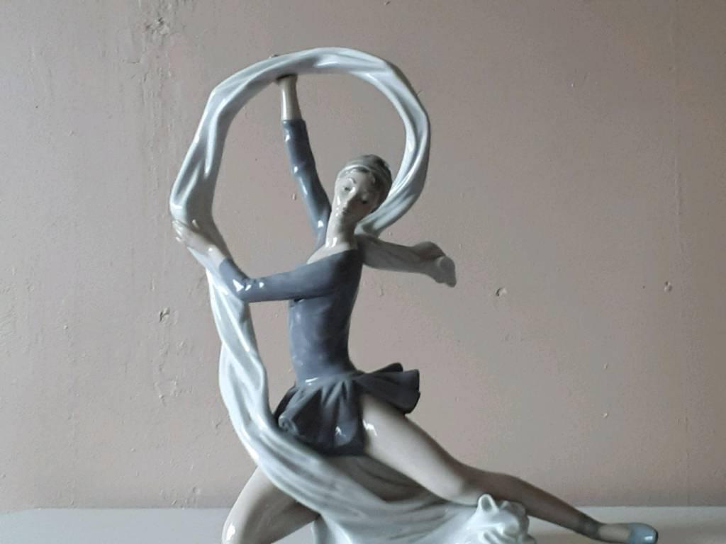 Nao ballerinas