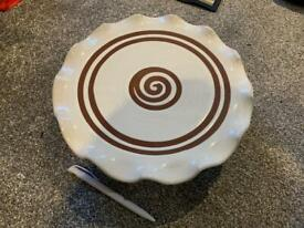 Stephen Pearce pottery cake stand