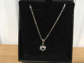 FIFTH NYC WHITE GOLD PLATED NECKLACE