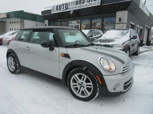 2012 Mini Cooper toit rigide Panoramic Roof, Heated seats