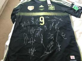 Spain 2014 World Cup squad signed Torres shirt with coa