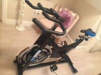 Exercise Spin bike pro fitness JX excellent condition, only used once