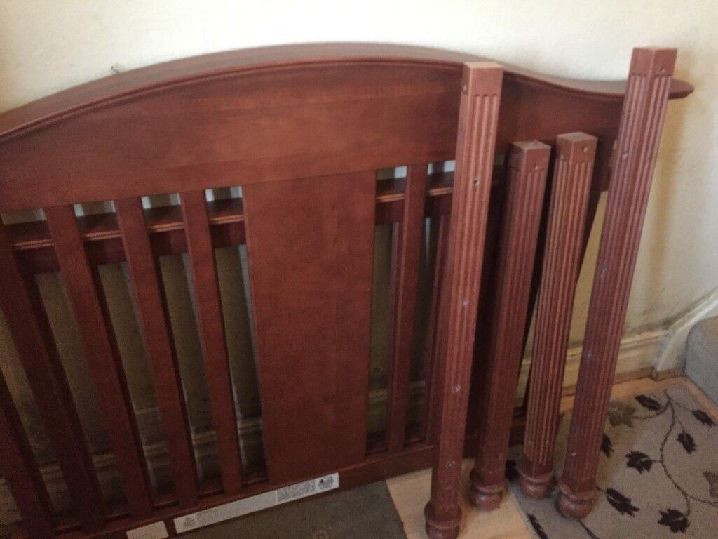 Matras Stokke Sleepi : Cot georgian stationary crib with free mattress in newcastle