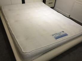 Sealy King Size Matress Posturepedic Bedstead Collection Silver