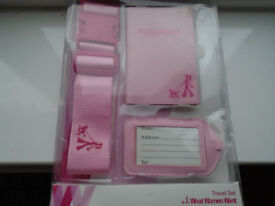BRAND NEW PINK LADIES SUITCASE/LUGGAGE STRAP with MATCHING PASSPORT COVER / HOLDER and NAME TAG