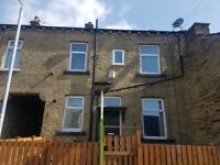 2 bed house to let west park terrace BD8