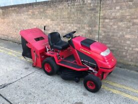 Countax c300h ride on lawn mower with sweeper