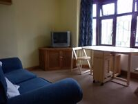 First Floor Flat - £1100 pcm - Council Tax, Water Bills and WiFi included