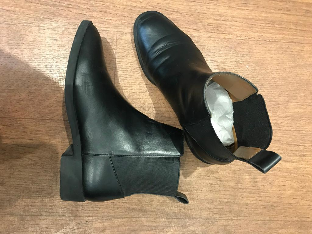 e2986a0560 ...   other stories Leather Chelsea boots. London £20.00