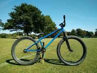 Dirt jump bike