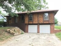 3 beds 3 baths for rent