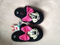 **NEW** Minnie Mouse slippers