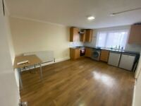 Beautiful 3 Bed Flat to Rent in Barking, IG11