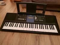 Yamaha PSR-E333 61-key Keyboard with MIDI