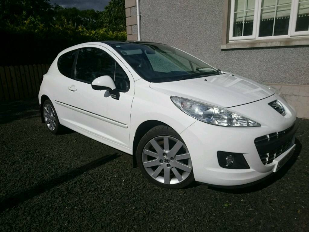 2012 peugeot 207 1 6 hdi allure in white 3 door with panoramic sunroof in broughshane. Black Bedroom Furniture Sets. Home Design Ideas