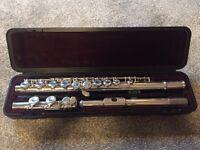 Yamaha 211 Flute excellent condition