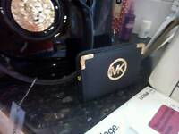 MICHAEL KORS PURSES MOTHER'S DAY GIFT! £10