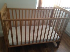 Cot bed from birth to 3