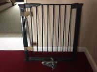 Adjustable Baby gate-Pet gate with extensions