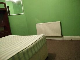 A double bedroom to let, Green Lane, Handsworth