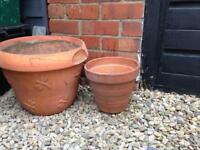2 garden terracotta garden pots nicely weathered XL and L