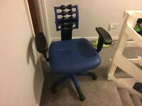 Ergonomic posture swivel office chair - RRP £160