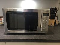 Microwave (Combination microwave, oven and grill) - good condition
