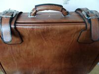 Large TAN mock leather metal-edged VINTAGE suitcase